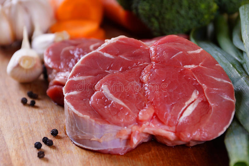 Wołowina giczoła mięso zdjęcie royalty free
