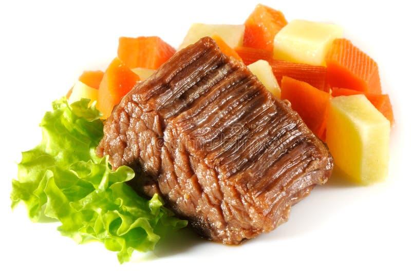 Wołowina gulasz, odizolowywający na białym tle zdjęcie stock