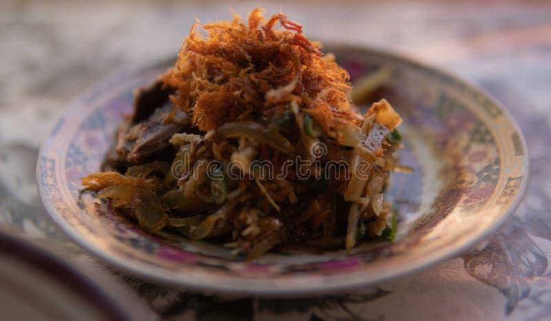Wołowina Lawar, A balijczyka tradycyjny naczynie fotografia stock