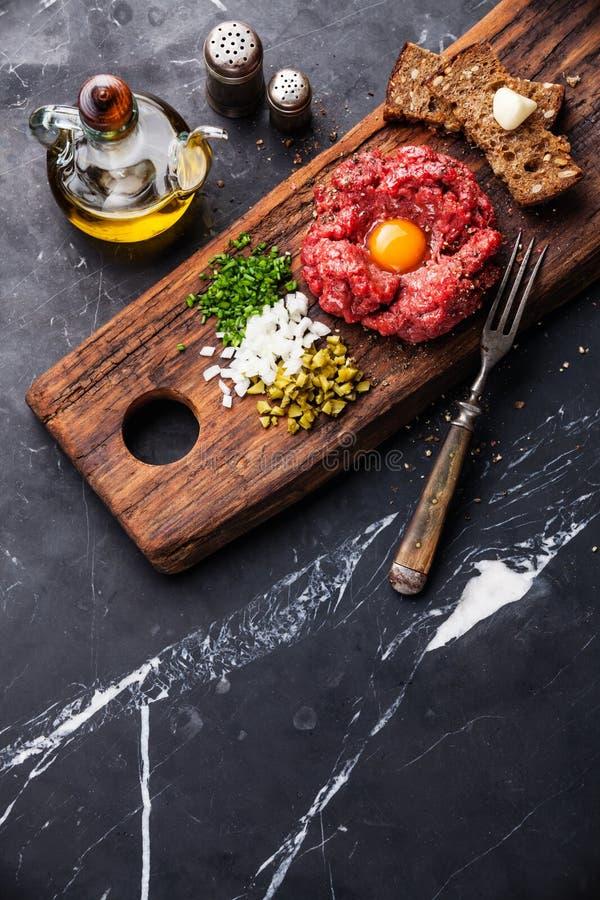 Wołowina tartare stek obrazy royalty free