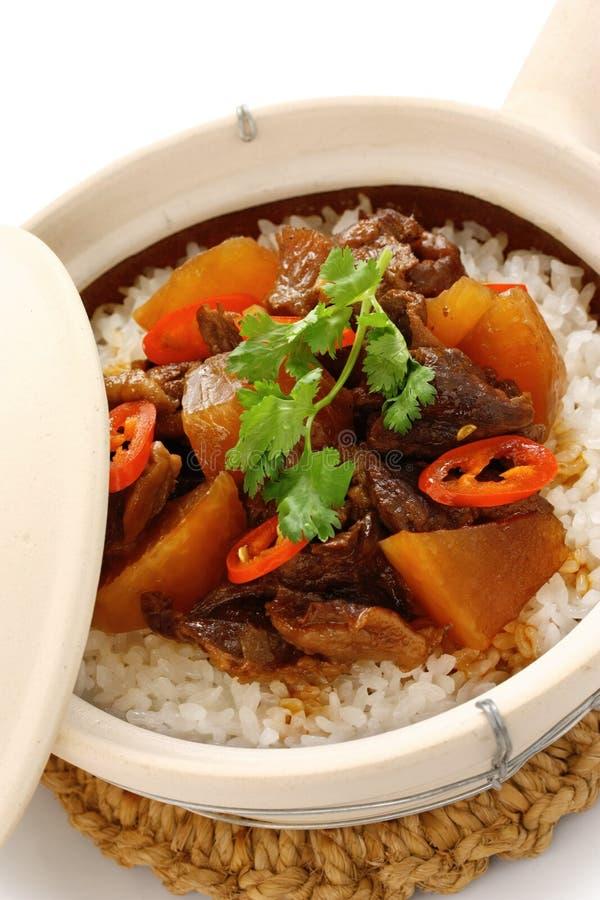 wołowiny chińscy gliniani kuchni garnka ryż fotografia royalty free
