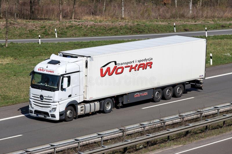Wo-KAR vrachtwagen stock afbeeldingen