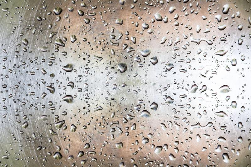 Wod krople na metal powierzchni fotografia stock