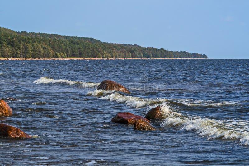 Woda i skały aphrodite miejsce narodzin cibory zbliżać paphos petra skał romiou tou fala ciężka miękka część obraz royalty free