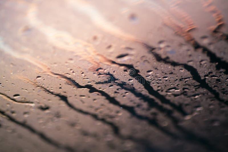 Woda opuszcza kolorowe makro- kropelki na nadokiennej zadziwiającej tło sztuce pięknej w wysokiej jakości druków produktach pięćd zdjęcie stock