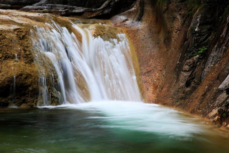 Woda spadek i kaskady Góra Tai Chiny fotografia royalty free