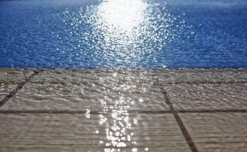 Woda w pływackim basenie obrazy royalty free