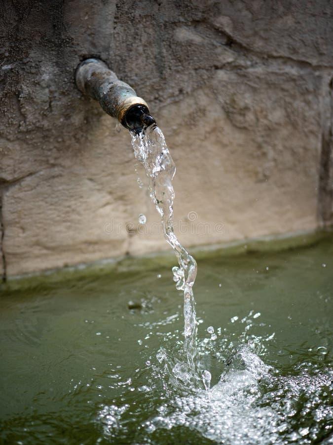 Woda z kranu w Parku zdjęcie stock