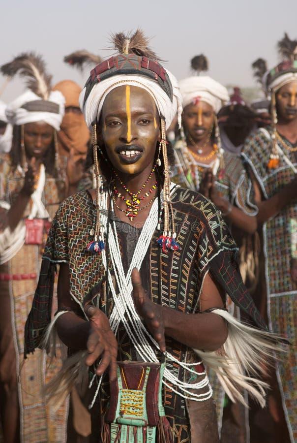 Wodaabe man på Gerewol, bot Salee, Niger royaltyfri bild