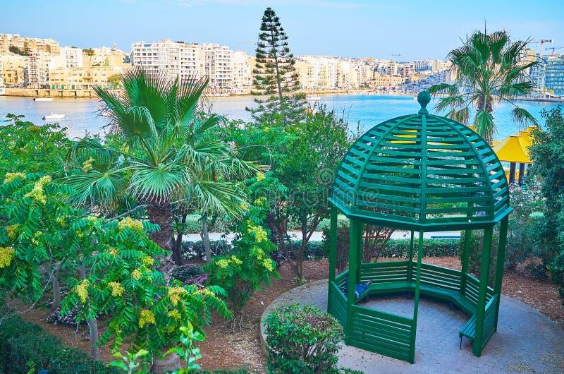 Woden alkierz, Sliema, Malta zdjęcia stock