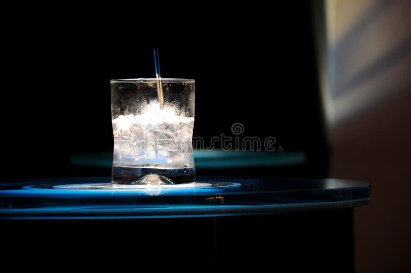 Wodka op rotsendrank royalty-vrije stock foto
