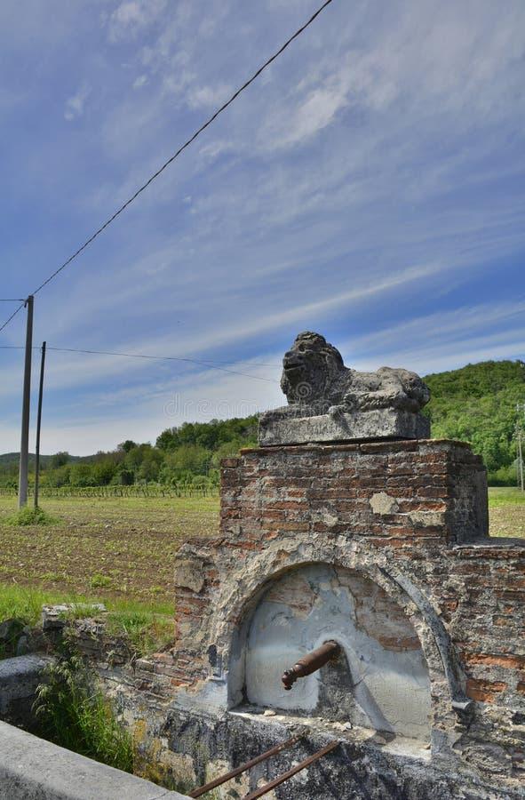 Wodna fontanna Blisko Soravilla obrazy royalty free