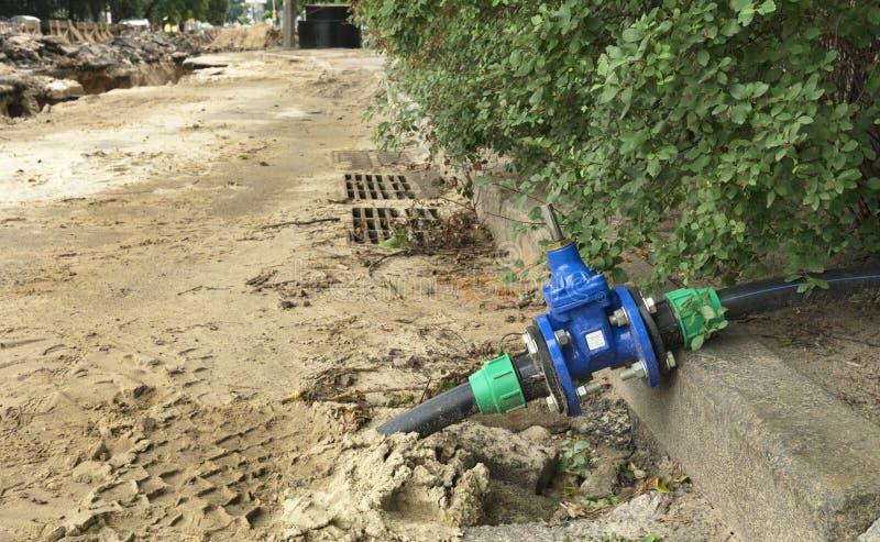 Wodne odporne wody bramy klapy blisko grilles miast stormworks zdjęcia stock