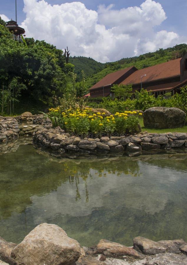 Wodnego well basenu nieba krajobraz zdjęcie royalty free