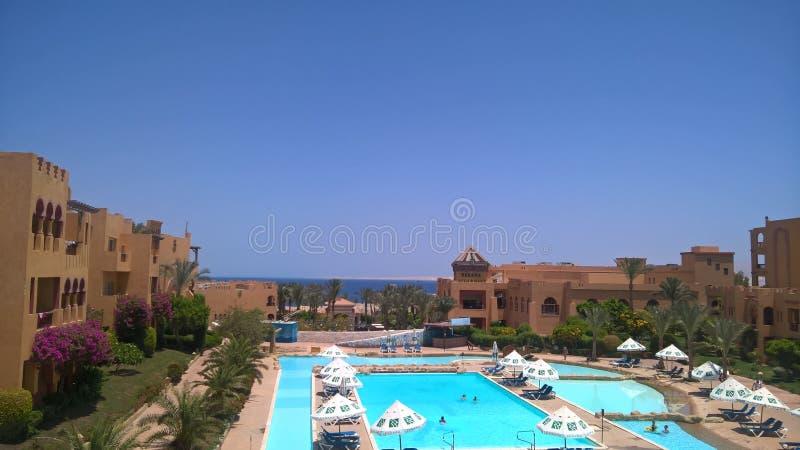 Wodny i czerwony morze od rehana królewskiego kurortu w sharm el sheikh fotografia royalty free