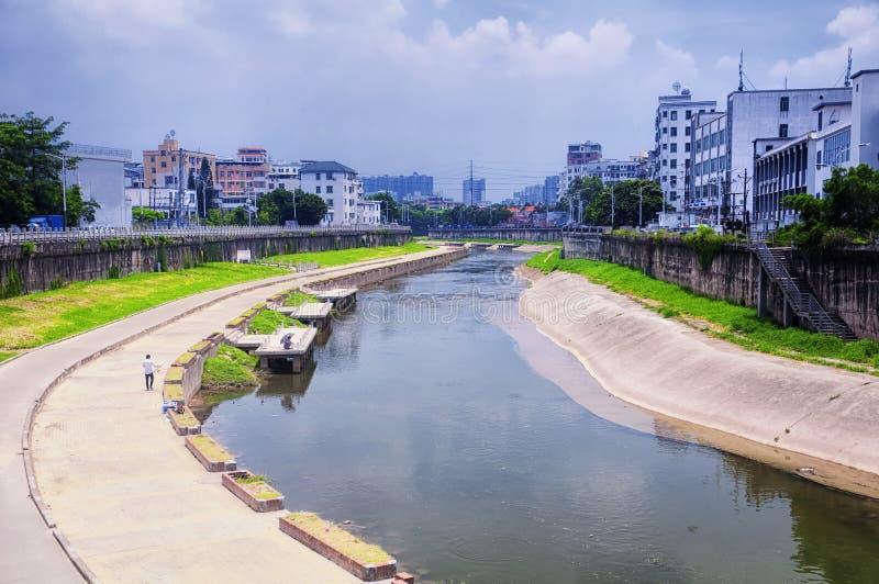 Wodny kanał w Longhua okręgu Shenzhen obraz stock