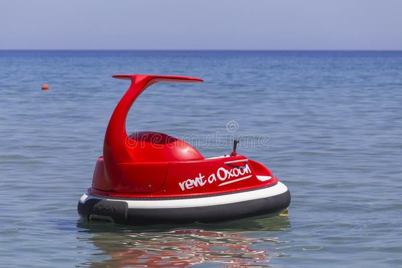 Wodny powozik ulepszał wersję paddle łódź obraz royalty free