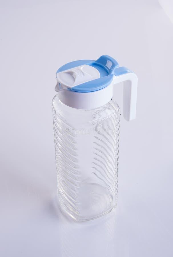 Wodny słój lub Pusty szklany słój na tle zdjęcie stock