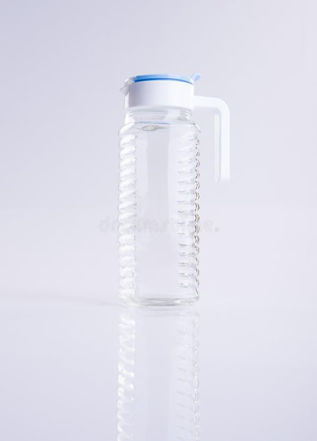 Wodny słój lub Pusty szklany słój na tle zdjęcia royalty free
