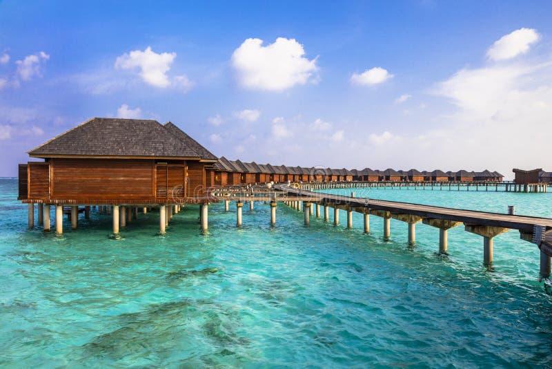 Wodnych bungalowów n Maldive wyspa zdjęcie royalty free