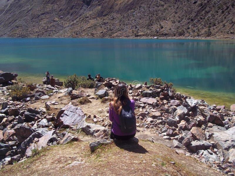 Wody błękit Humantay jezioro w Peru, zdjęcie royalty free