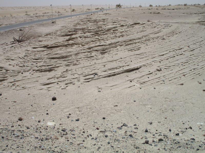 woestijn dichtbij automuseum, Abu Dhabi royalty-vrije stock afbeeldingen