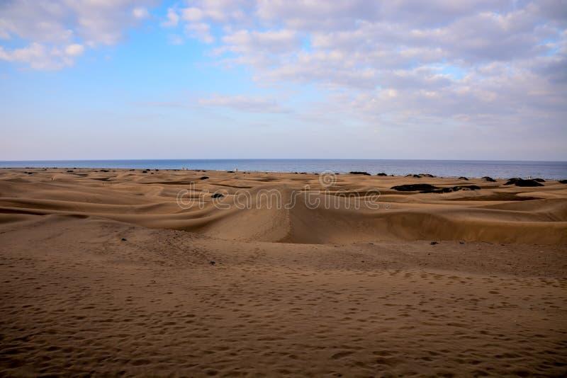 Woestijn met zandduinen in Gran Canaria Spanje royalty-vrije stock afbeeldingen
