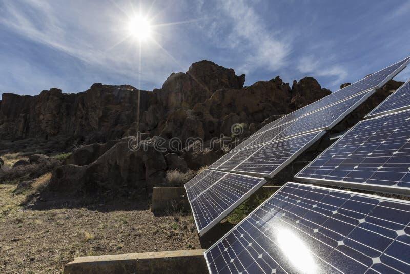 Woestijnzon en Zonnestelsel bij het Nationale Domein van Mojave royalty-vrije stock afbeelding