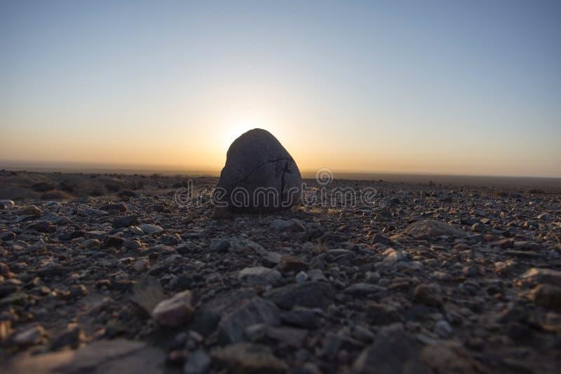 Woestijnzonsopgang royalty-vrije stock afbeeldingen