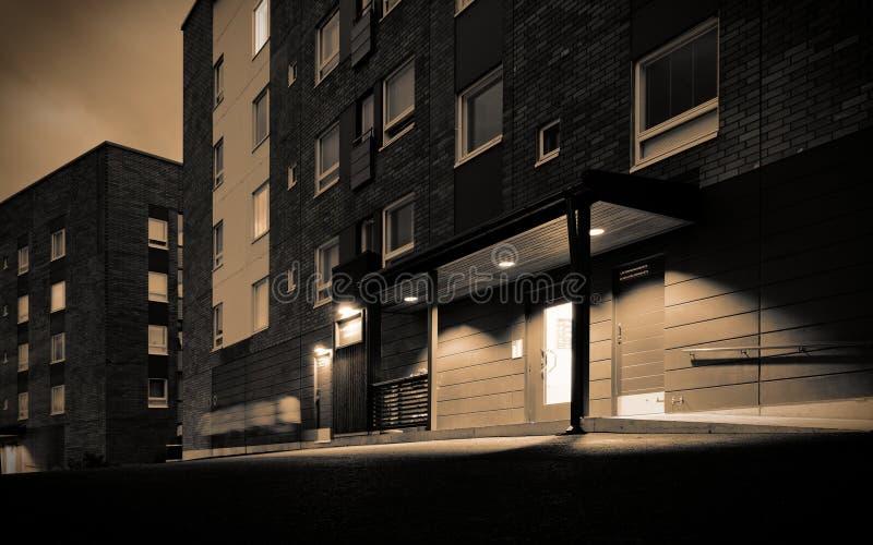 Wohnblock nachts vektor abbildung