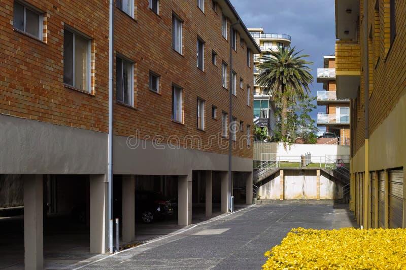Wohngebäude am Eingang in Australien lizenzfreie stockbilder