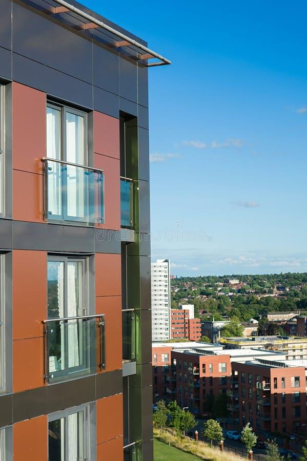 Wohngebäude fasade lizenzfreie stockbilder