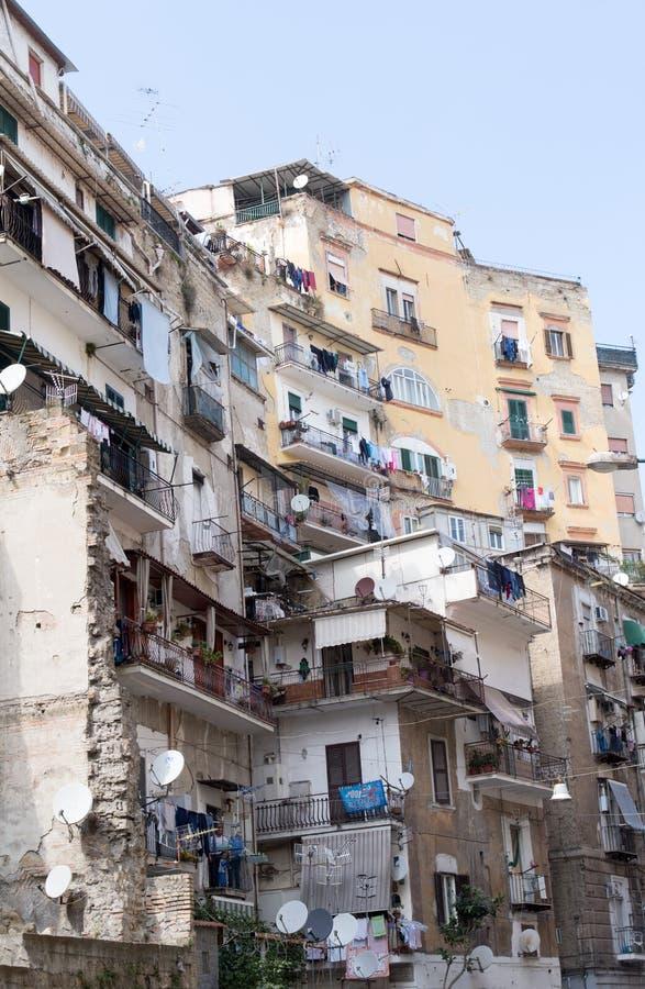 Wohngebäude, im Stadtzentrum gelegenes Neapel, Italien stockfoto