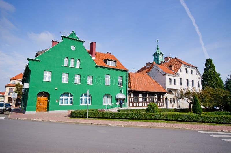 Wohnungshäuser in Mragowo, Polen stockfotos