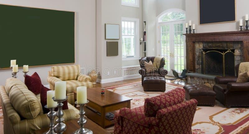 Wohnzimmer im Luxuxzustandhaus stockbilder