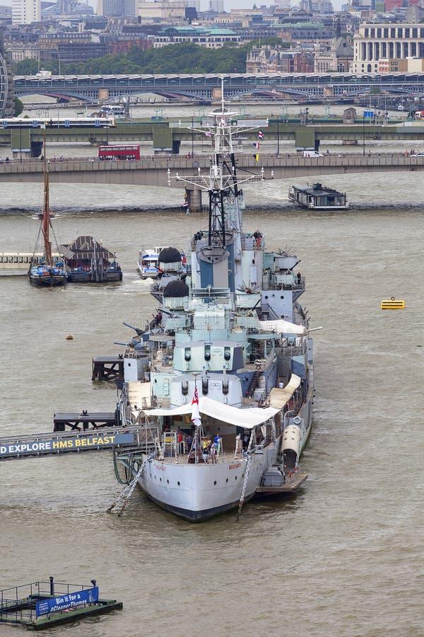 Wojenny statek HMS Belfast na Rzecznym Thames, Londyn, Zjednoczone Królestwo obraz stock
