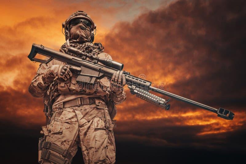 Wojsko leśniczego snajper obrazy royalty free