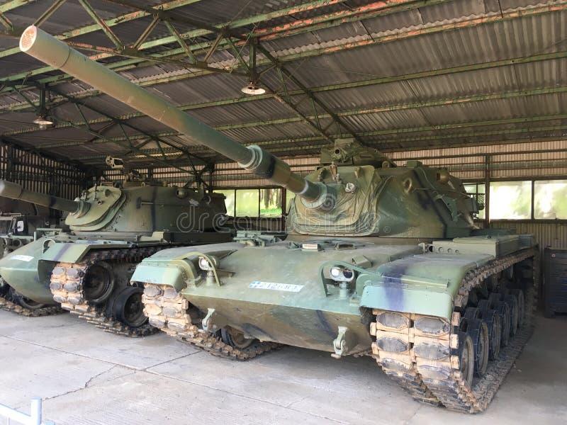 wojsko USA zbiornik w hangarze M60 obraz royalty free
