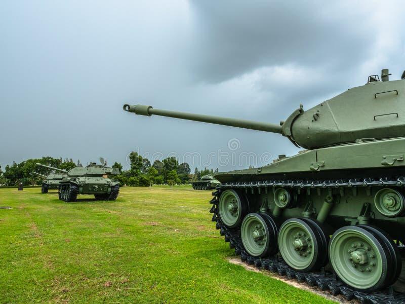 wojsko zbiornika zmielona obrona i atak fotografia stock