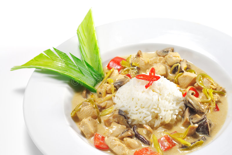 wok тарелок цыпленка тайский стоковая фотография