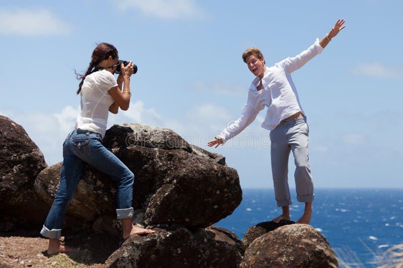 wokoło błazenów mężczyzna jego fotografia bierze kobiety fotografia royalty free