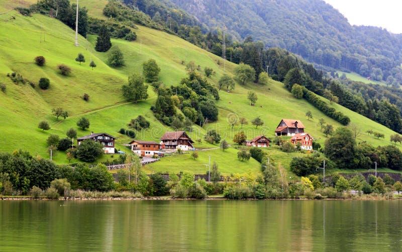wokoło wzgórza Luzern jeziornej małej wioski zdjęcia royalty free