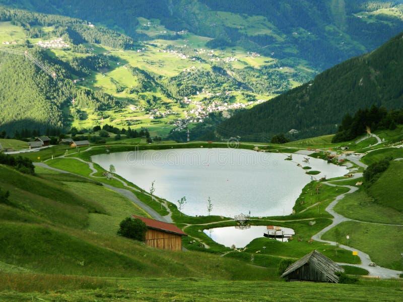 Wolf Lake i Fiss, Österrike arkivbilder