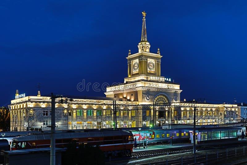 Wolgograd, Russland - 30. Juni 2018: Ansicht über den Bahnhof Volgorad 1 stockfotografie