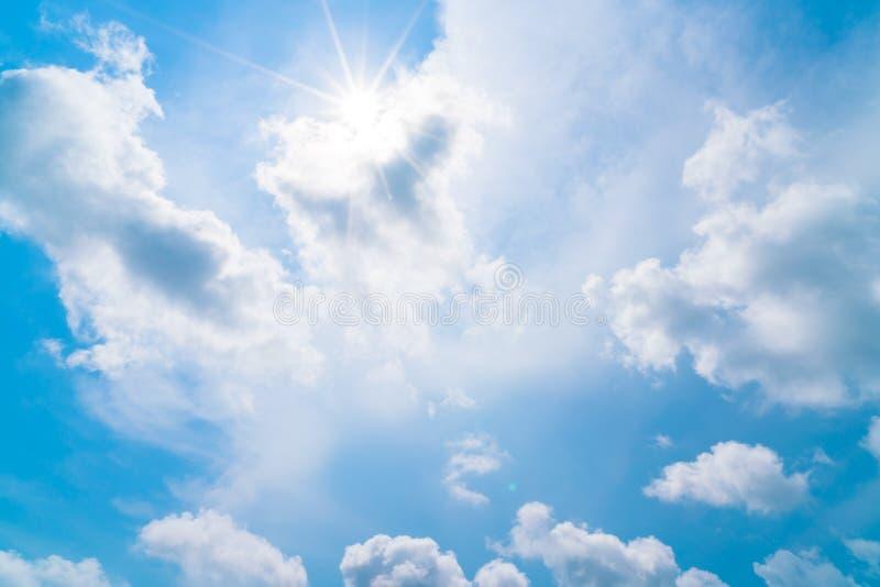 Wolk in blauwe hemel royalty-vrije stock fotografie