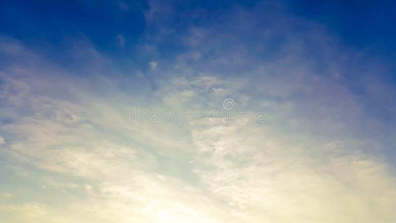 Wolk en hemel royalty-vrije stock afbeelding