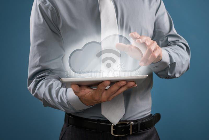 Wolke Datenverarbeitung und wifi stockbild