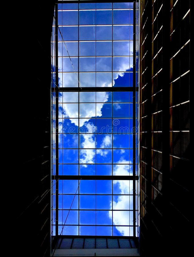 Wolke und Blau stockbilder