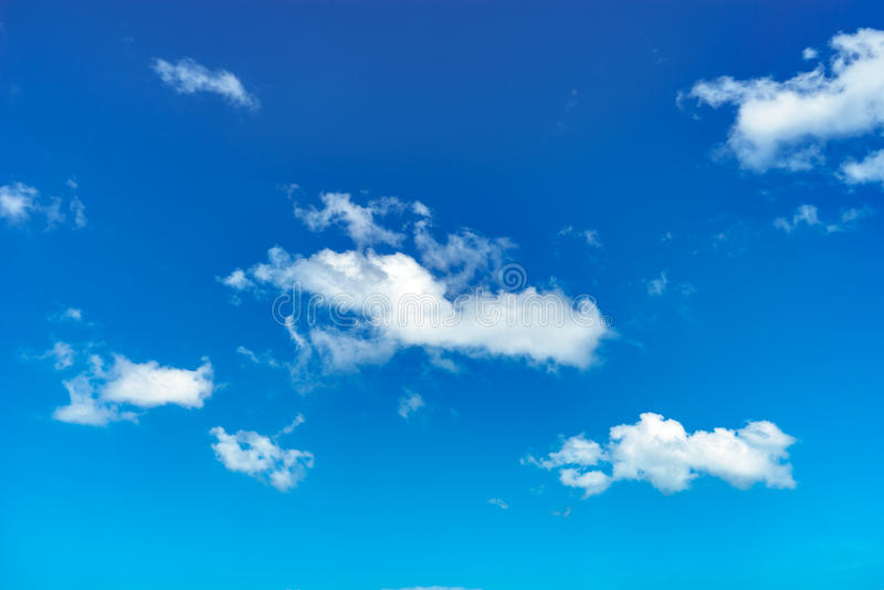 Wolke und blauer Himmel stockfotos