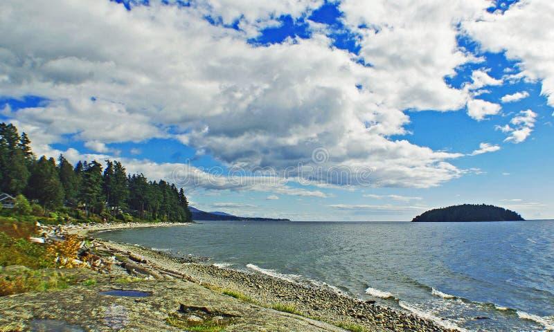 Wolke und Meer lizenzfreie stockbilder